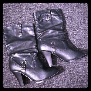 Shoes - Black Mid Calf Heel Boots